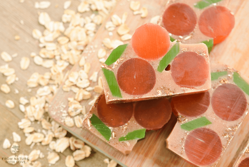 How to make Apricot Oatmeal Glycerin Soap Bars - a sweet cinnamon melt and pour soap with whimsical apricot shapes