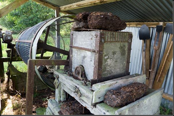 Peat cutting equipment