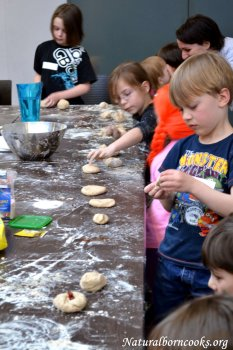 atelier_cucina_naturale_bambini_pasta_colorata