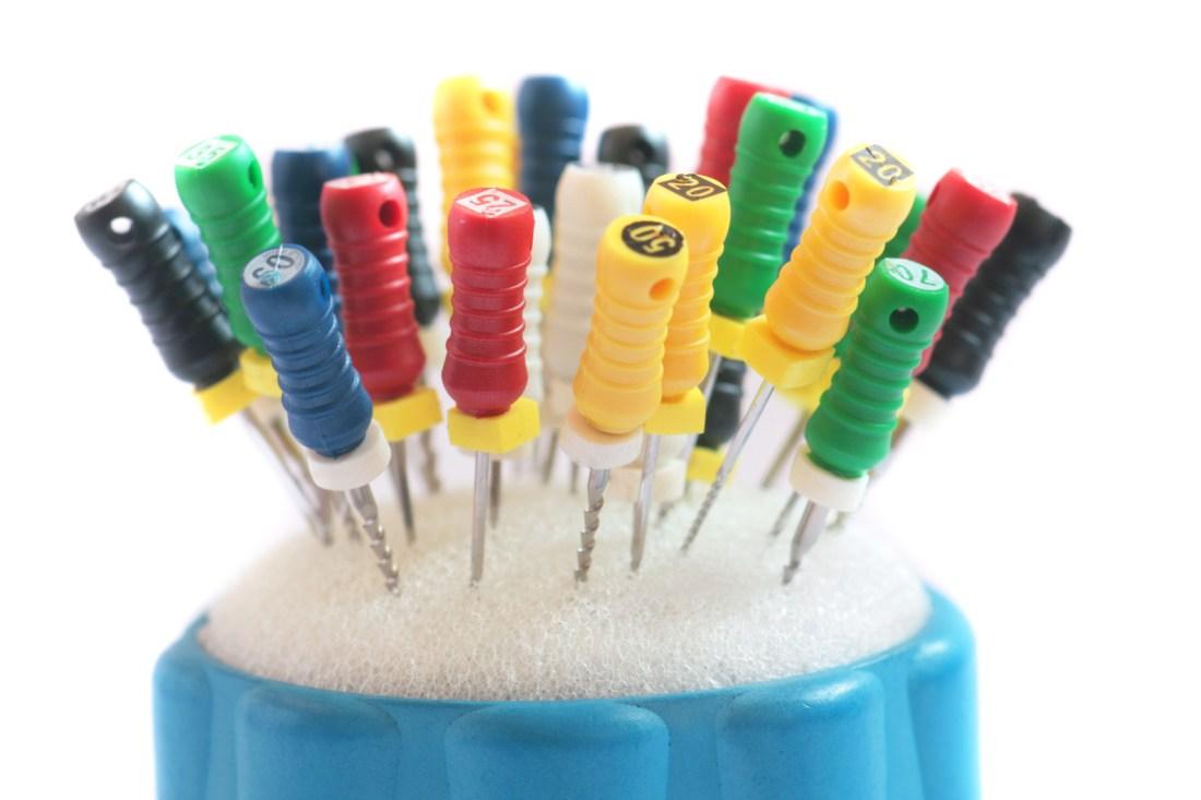 miniatura leczenie kanałów zębowych