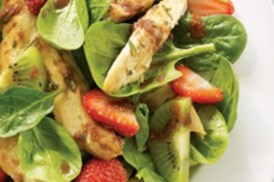 Strawberries, Kiwi, Spinach and Chicken Salad