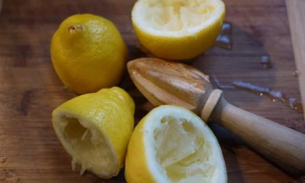 Razones para beber agua limonada