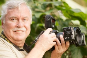 Neil with Nikon's R1 Closeup Lighting System in Costa Rica.