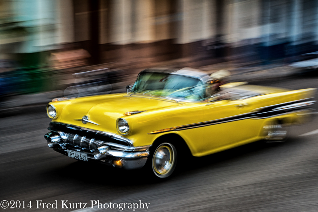 Seeding through the streets of Havana, Cuba. Lumix GX7 with 12-35mm F/2.8