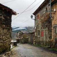 Recorrido por los pueblos rojos y negros de Segovia (V): El Muyo