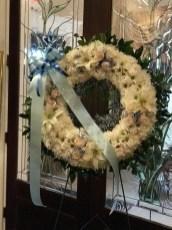 FNR012 Classic white wreath $200.000