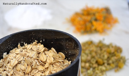 use a spice grinder to make DIY colloidal oatmeal bath