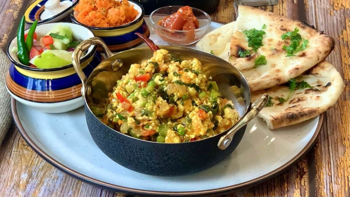 Methi Matar Paneer Bhurji - featuring seasonal winter veggies, this paneer bhurji is a quick and easy weeknight go-to! Enjoy it with some naan or paratha to savour the fresh methi and peas and this is sure to be a family favorite!