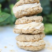 Mini maple oatmeal cream pies - 25 Fabulous Oatmeal Recipes | Naturally Stellar