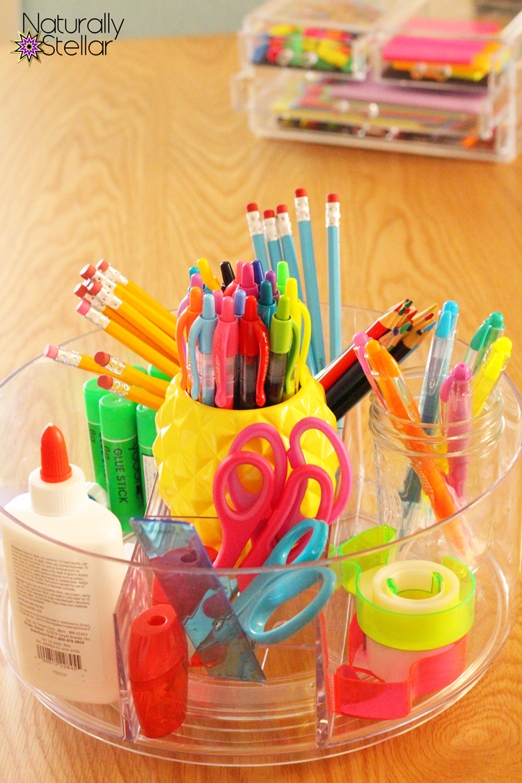 Target school supply centerpieces using Made by Design makeup organizers | Naturally Stellar