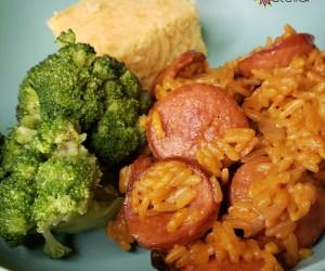 Jambalaya with cheese, broccoli and corn bread | Naturally Stellar