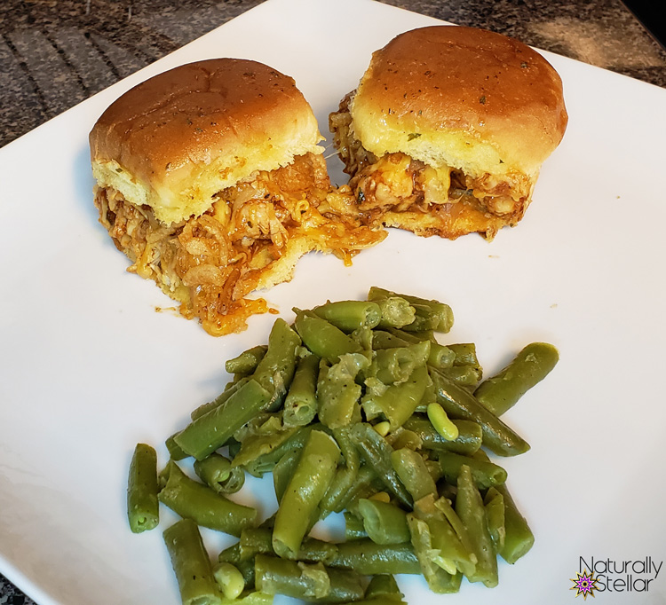 Peach Whiskey BBQ Sliders and green beans | Naturally Stellar