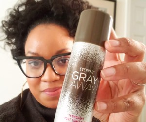 Gray Away Temporary Root Concealer Spray works best for larger patches of gray or for covering whole sections of roots | Naturally Stellar