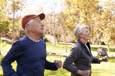 Couple powerwalking and staying fit is a lession learned from our year of Covid-19.