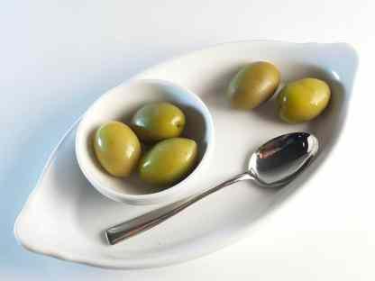 Халкидикис Зелені оливки з кісточкою в морській солі ПЕТ-пакетик 560г калибр Atlas 71-90 70461
