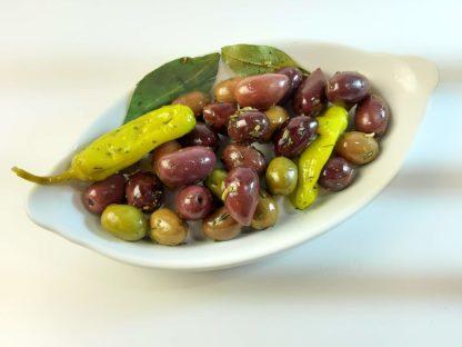 """Мікс оливок, маслин та перчиків у маринаді """"Корінф"""". В оливковій олії, винному оцті, розсолі та грецькі спеції с/к 3кг с.в."""