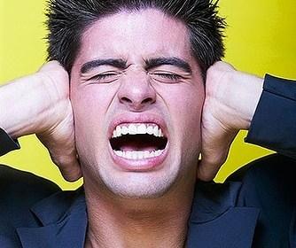 Tinnitus und lästige Ohrgeräusche natürlich behandeln