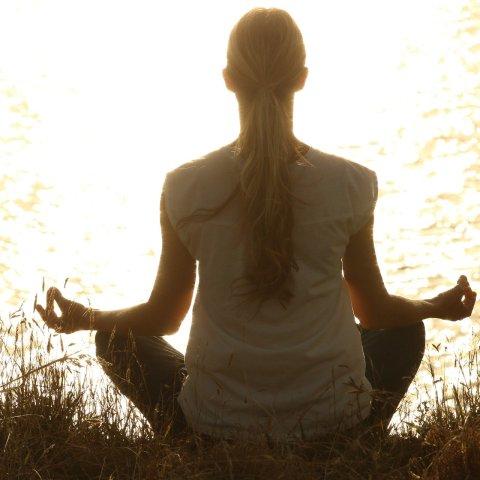 Yoga bei Rückenschmerzen: Rückenprobleme sanft behandeln