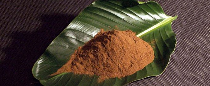 kratom-powder-leaf-680