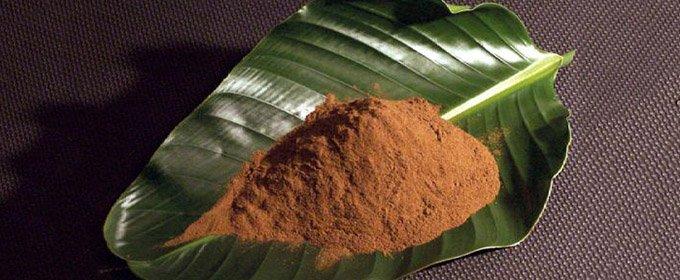 kratom-powder-leaf-680