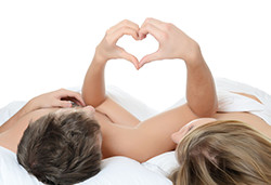 sex-love-intimate-couplee-250