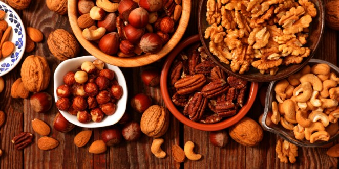 best time to eat nuts