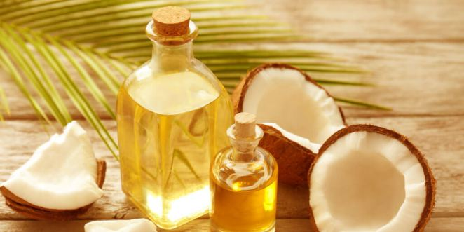 How to Naturally Soothe & Treat Baby's Teething Rash_Coconut Oil
