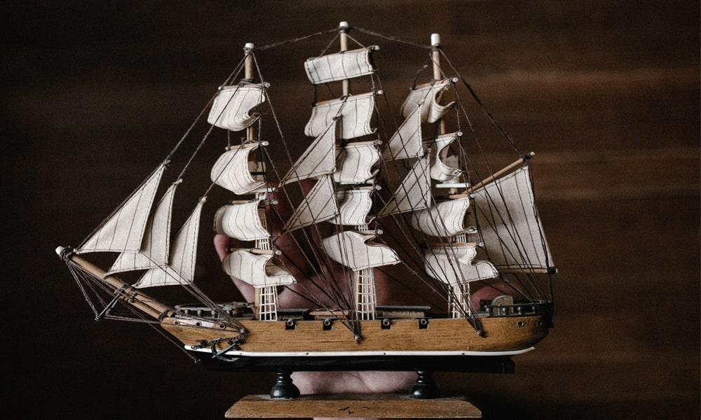 9 Best Wooden Model Boat Kits