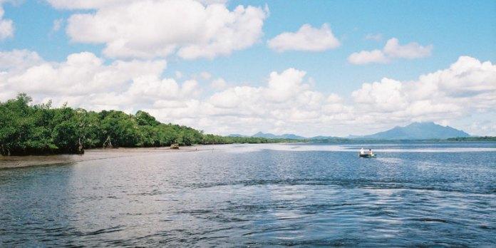 Mar de Dentro - Ilha do Cardoso - Passeio saindo de Cananéia foto