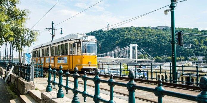 Transporte - Budapeste foto
