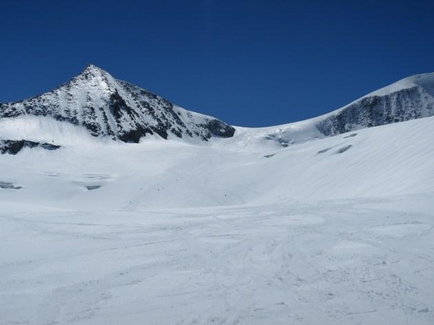 Abfahrt vom Großvenediger. Rodel Austria Naturbahnrodel-Skitour 2017