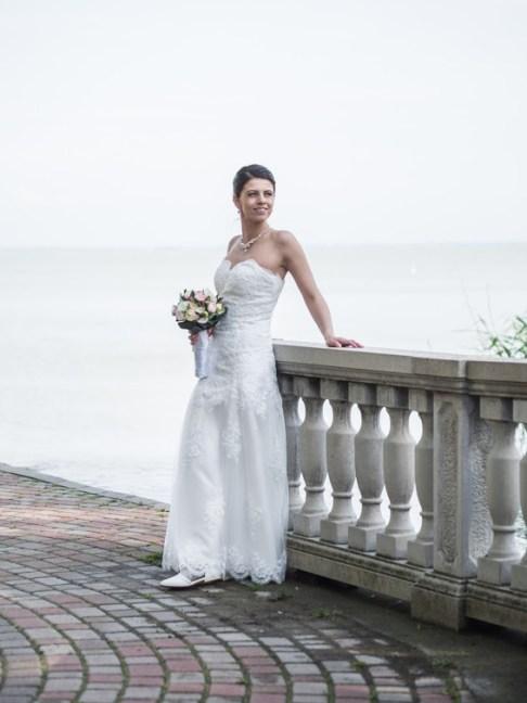 Edina, mint menyasszony
