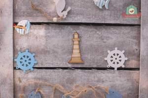 Fából készült világító torony