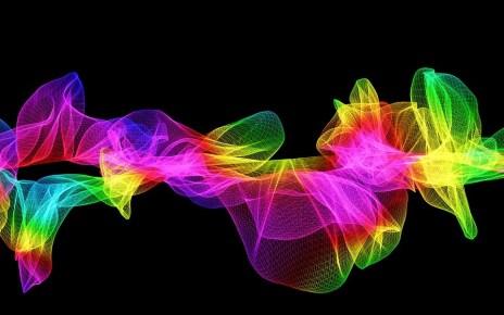 plasmone-polaritone-elettrone-plasmonica-fotonica-onda-elettromagnetica