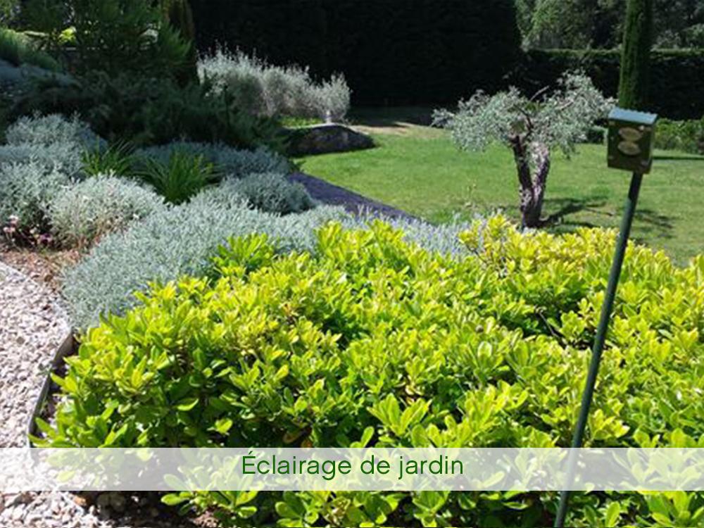 Eclairage de jardin pourquoi avoir un beau jardin s il for Entretien jardin draguignan