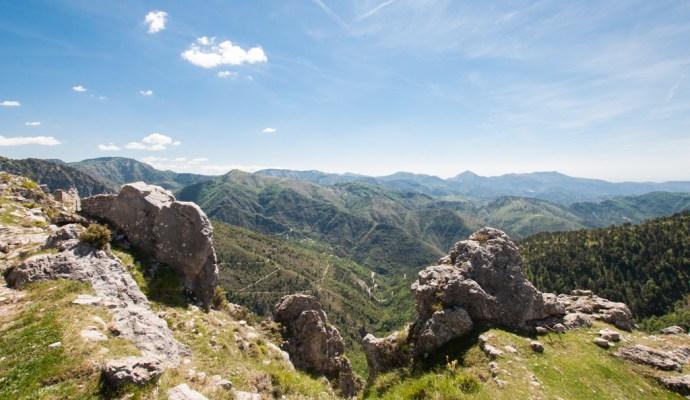 Vue sur la vallée du Paillon de Contes