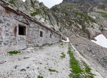 Citadelle sur le versant italien du Col de Fenestre