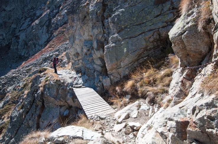 Passerelle sur le chemin du Col du Lausfer