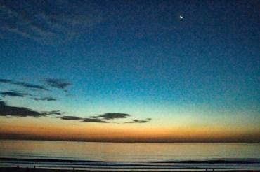 daytona-sunrise-with-moon