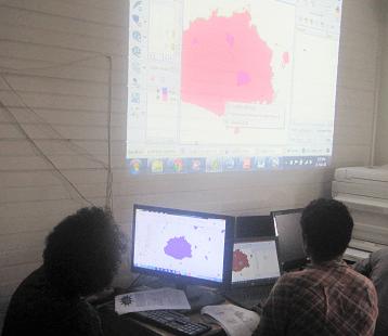 NatureFiji-MareqetiViti Team Learn Mapping Skills