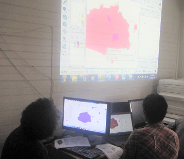 NatureFiji-MareqetiViti Team Learn Mapping Skills