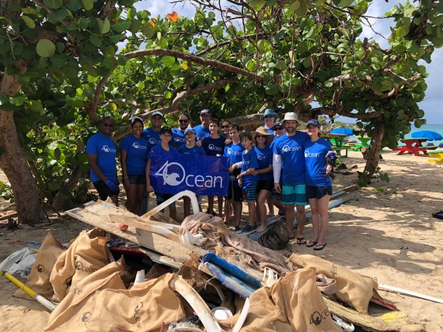 4ocean team with picked up garbage