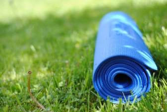 http://experience108.ca/wp-content/uploads/2015/07/beaumont-yoga-group.jpg