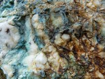 Colour and texture in quartz with copper minerals