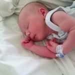Premiers jours du bébé à la maternité