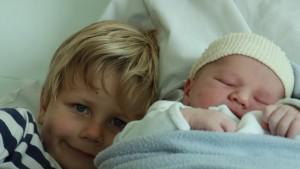 Mes deux petits garçons, Raphaël et Augustin.