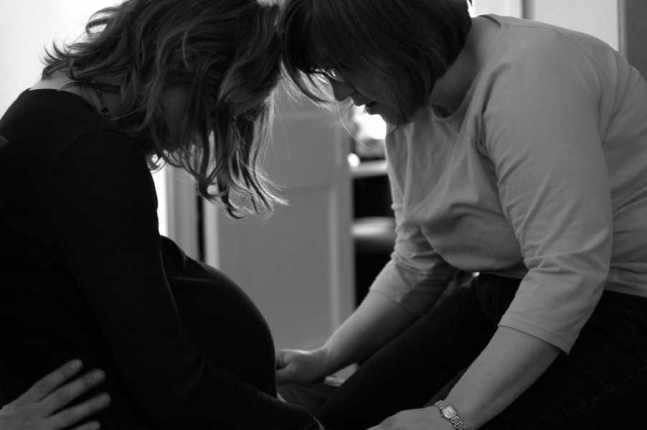 soutien de la sage-femme lors d'un accouchement sans péridurale