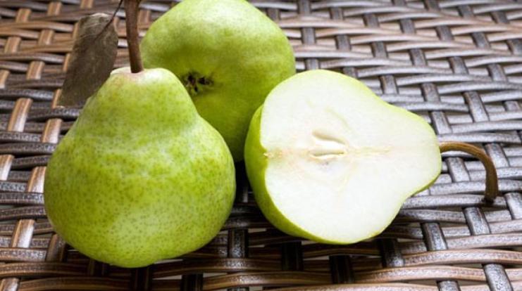manger deux poires par jour pour ne pas être constipée