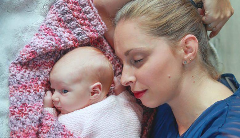 Simiane nous raconte son accouchement sans péridurale