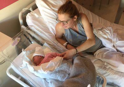 Laurie raconte son premier accouchement sans péridurale